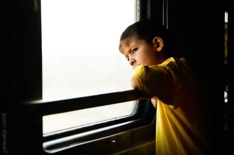в поездах без родителей