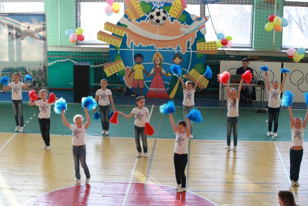 Фоторепортаж с фестиваля для детей-инвалидов Снежинка