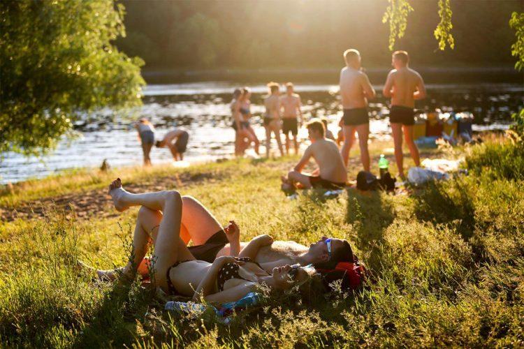 Погода в Балаково на четверг лето пойдет на жару