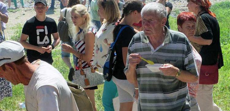 Дайте пожрать Или особенность саратовских фестивалей