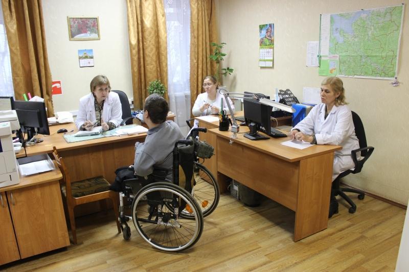 Так озабочены делами врачей но не делами пациентов бюро медико-социальной экспертизы в Балаково бьется в бессилии