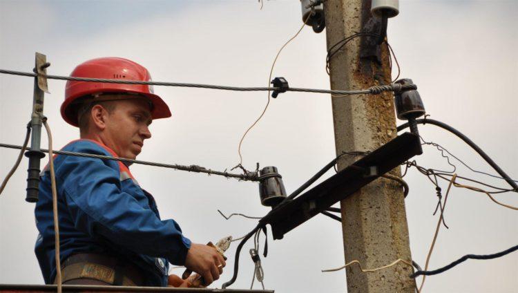 В понедельник в домах в Балаково опять на весь день отключат электроэнергию