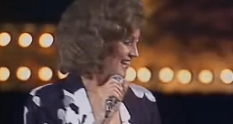 как пела и выглядела советская Ротару