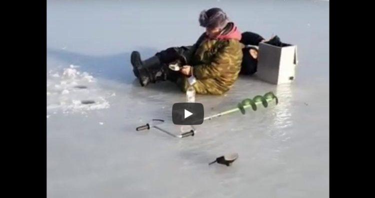 Зимняя рыбалка ползком или Нормально порыбачили