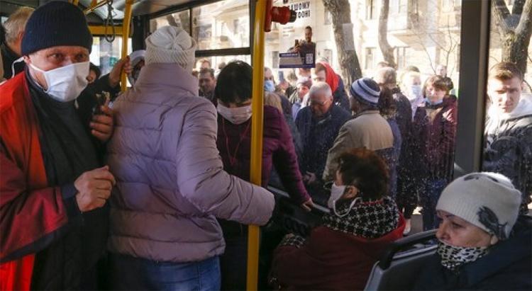 Действие проездных талонов в Саратовской области продлевается до 31 октября