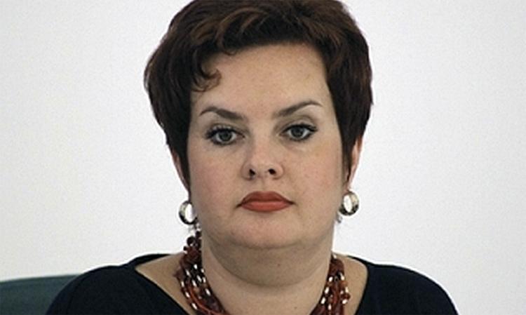 Министр Саратовской области лишилась должности после скандала с закупкой одноразовых масок
