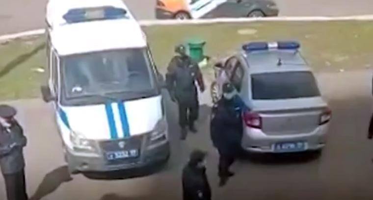 В Москве 50 человек закрыли на карантин в общежитии без воды и со сломанными туалетами