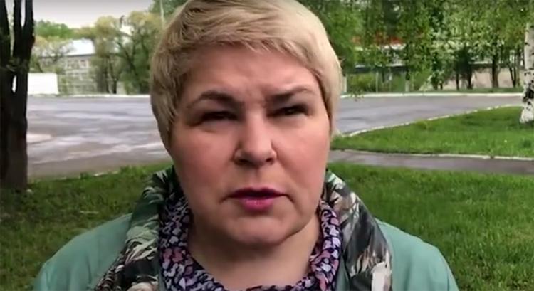 Фельдшеру за месяц работы с коронавирусными больными заплатили 100 рублей