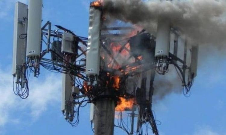 Жители села испугались чипирования и сожгли сотовую вышку