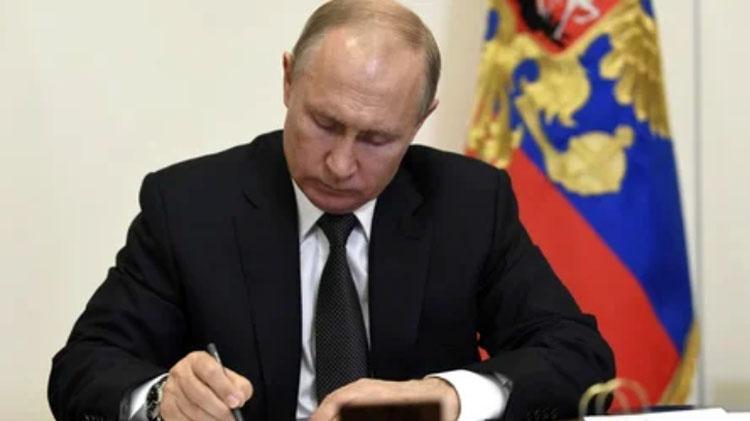 Говоря о пожилых людях Путин зашелся кашлем