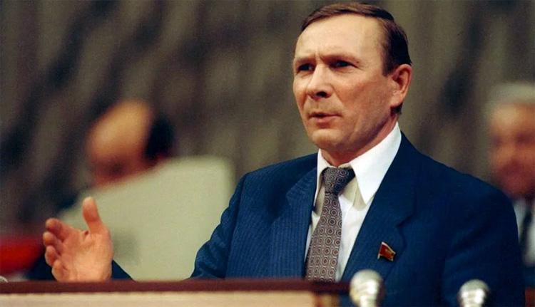 Николай Травкин Все и всё понимают