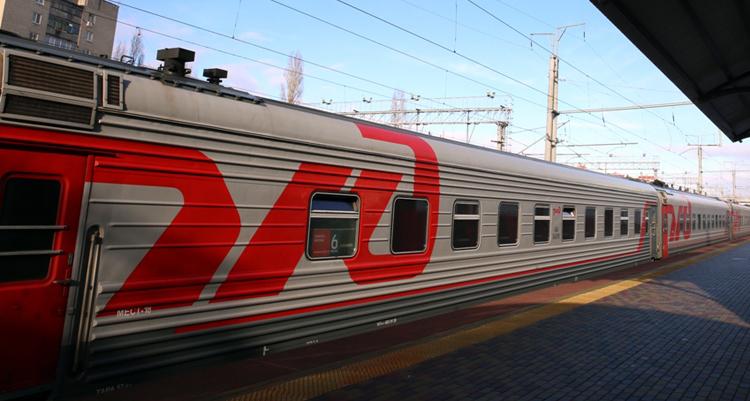 Многодетные семьи смогут путешествовать летом на поездах со скидкой 20 процентов