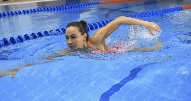 Можно ли в бассейне заразиться коронавирусом