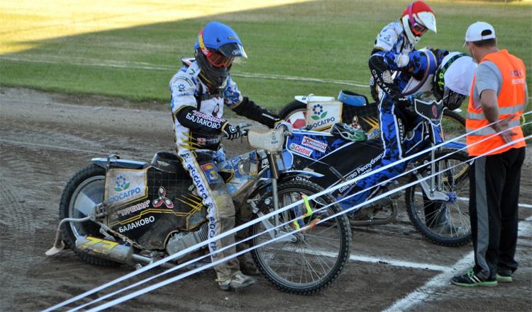 Балаковские гонщики одержали победу над командой из Башкирии