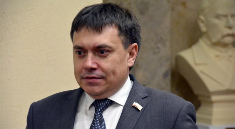 Уйдите и всё Володин раскритиковал работу министра строительства Мигачева