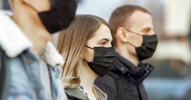 Масочный режим введен по всей России