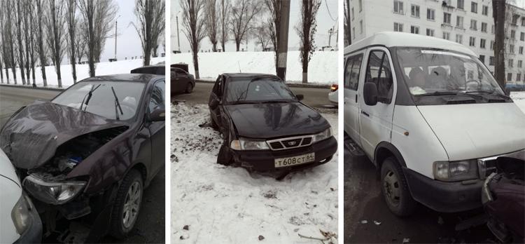 В Балаково рано утром на Леонова произошло тройное ДТП
