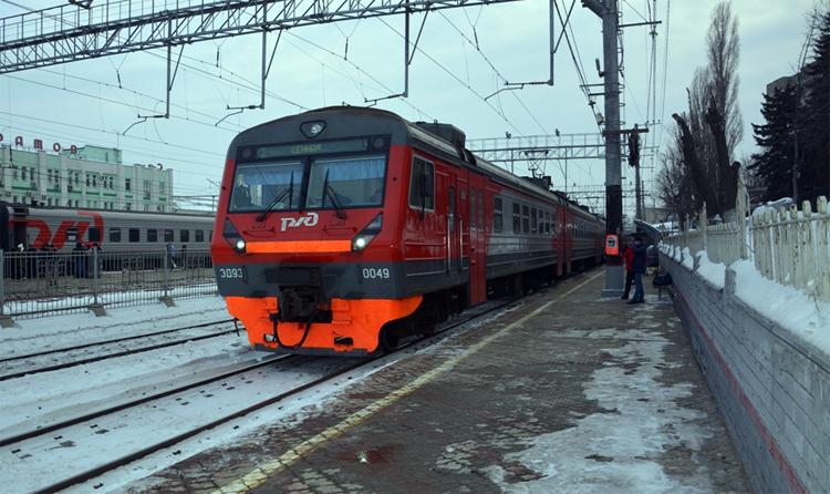 Электричка из Саратова в Хвалынск в Балаково не зайдет