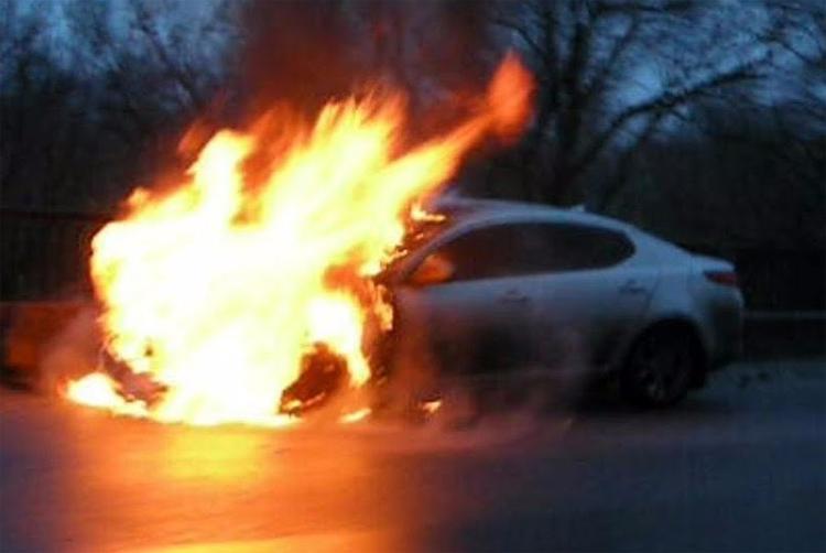 В Балаково поймали поджигателя автомобиля