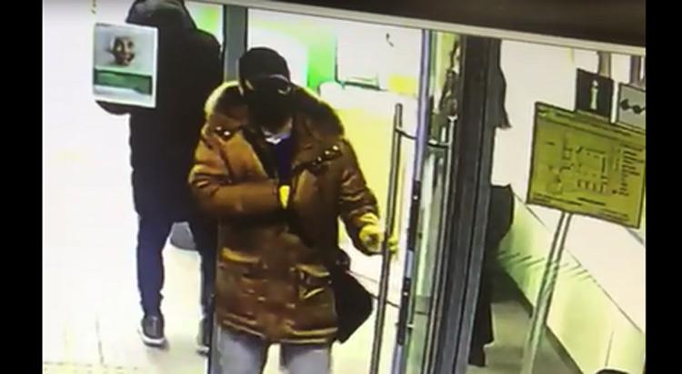В Балаково пока не поймали грабителя в маске но оштрафовали гражданина без маски