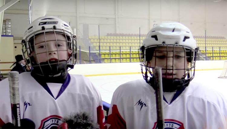 В Балаково чемпион Европы провел мастер-класс для хоккеистов «Кристалла»