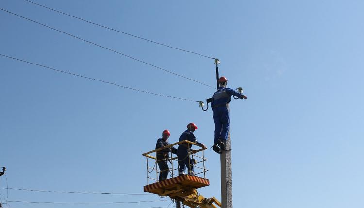 В Балаково вновь отключат электричество в нескольких домах