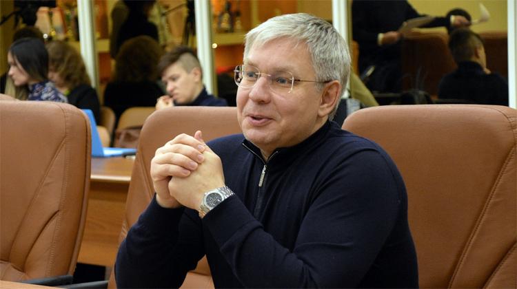 Курихина поздравляют с исключением из фракции «Единой России» облдумы