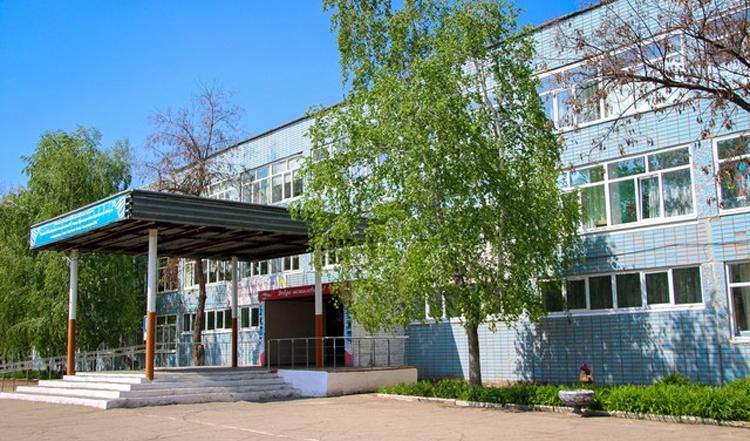 В школе Красноармейска учитель отравил детей дезинфицирующими таблетками