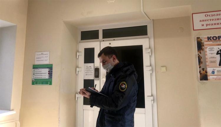 Балаковские следователи выясняют, из-за чего умер мужчина на Комарова