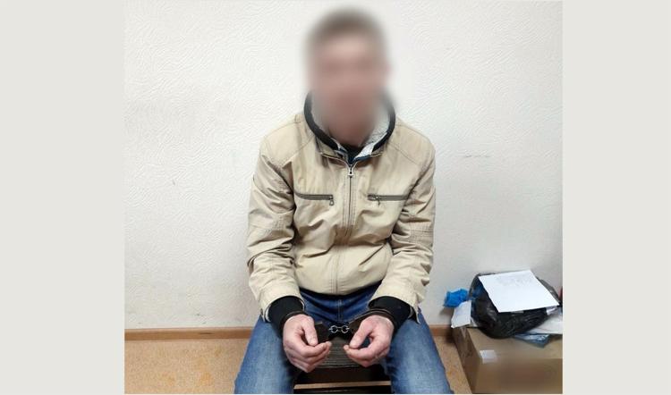 Балаковский следователь задержал подозреваемого в убийстве мужчины на Комарова
