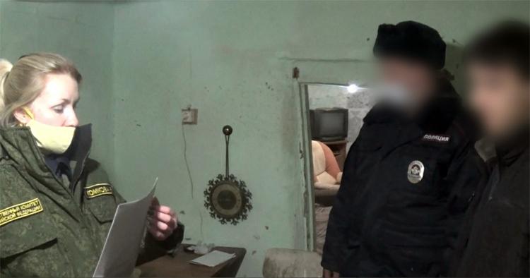21-летний парень в Горном изрезал голову сожителю своей родственницы