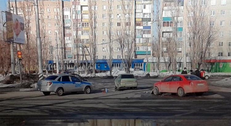 В Балаково 19-летний водитель «десятки» въехал в машину ровесника