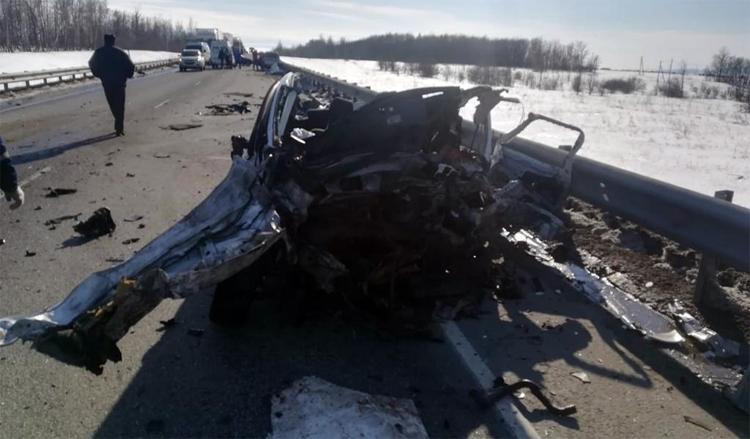 Недалеко от Балаково в жутком ДТП погиб 36-летний мужчина