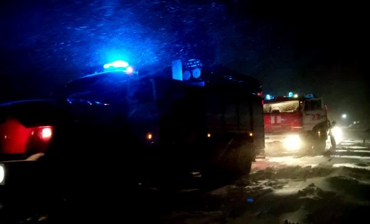 Пожарные в Грачах баню не спасли, но сохранили 50 тысяч рублей