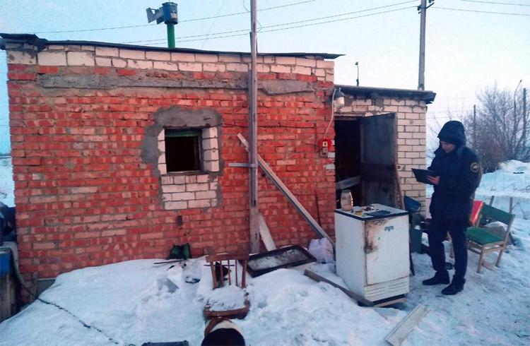Мужчина сгорел в сторожке под Балаково из-за электрической плитки