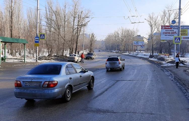 В Балаково таксист сбил девушку на пешеходном переходе