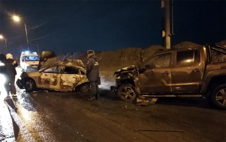 На шлюзовом мосту в Балаково погиб водитель после столкновения на встречке