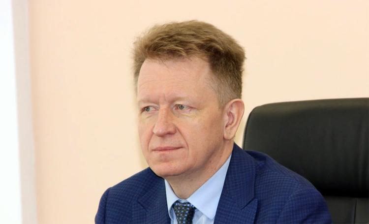 Балаковский врач Александр Овсяников стал заслуженным работником здравоохранения