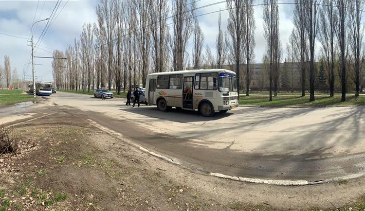 В Балаково автобус задавил пенсионерку