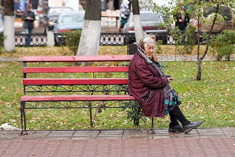 Балаковский полицейский помог бабушке, потерявшей память