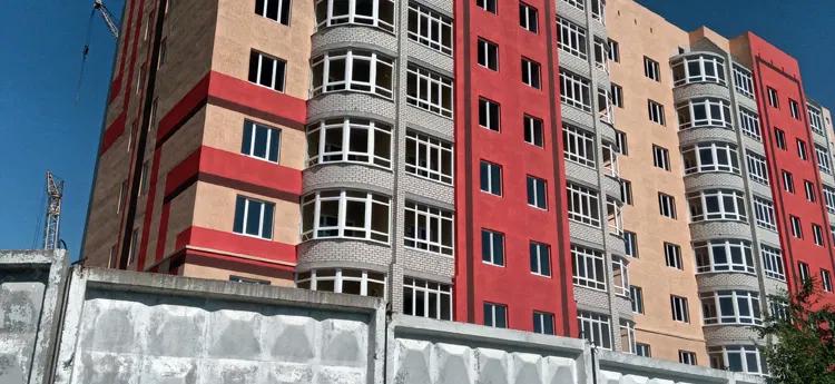 Еще одна афера? «Дольщики», вложившиеся в квартиры домов на берегу оросительного канала, могут распрощаться со своими квартирами и вложениями
