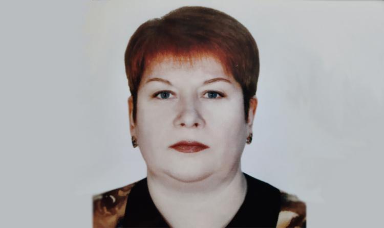 Школе в Балаково присвили имя умершей от коронавируса медсестры