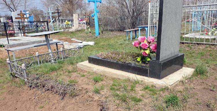 Воровство на балаковских кладбищах: как найти управу на нелюдей?