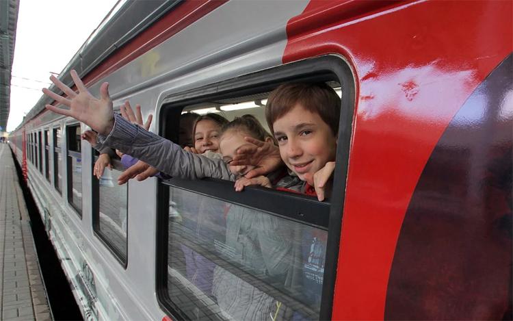 Балаковцы от 10 до 17 лет могут ездить летом по железной дороге с 50-процентной скидкой