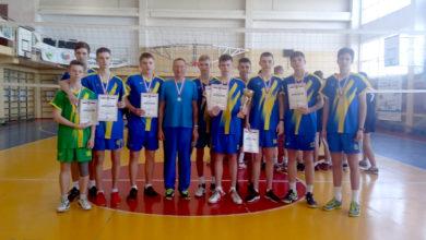 Волейболисты из СШОР «Балаково» привезли из Волгограда серебро Открытого кубка