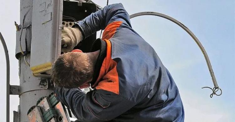 В Балаково 12 мая опять отключат электроэнергию в десятках домов