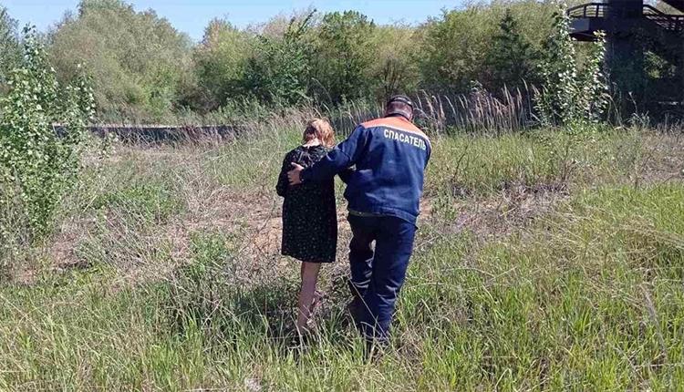 В Балаково женщина упала с моста «Победы» в судоходный канал