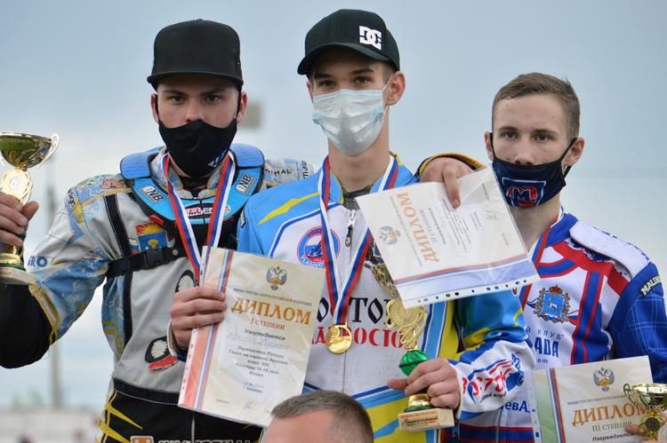 Спидвей в Балаково: фоторепортаж с финала личного первенства юниоров