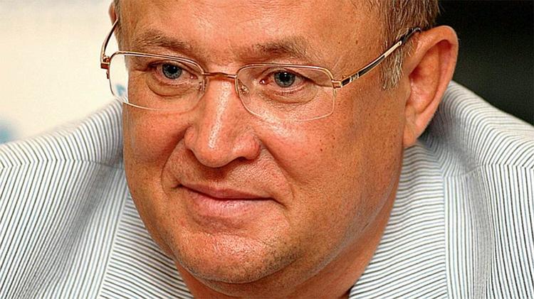 По итогам голосования на сайте Дмитрий Аяцков признан лучшим губернатором области