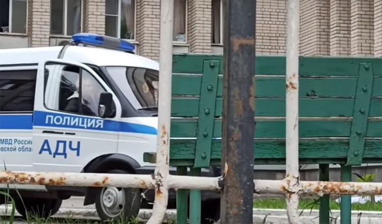 Пациентка ковидного госпиталя выбросилась из окна и разбилась насмерть